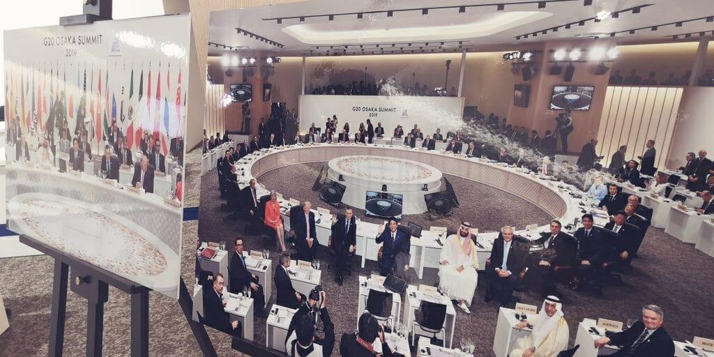 G20大阪サミット 当日の風景をパネルに