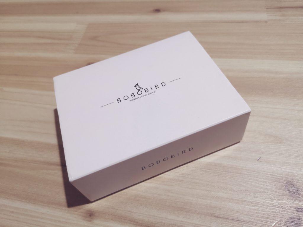 BOBOBIRD腕時計のパッケージ