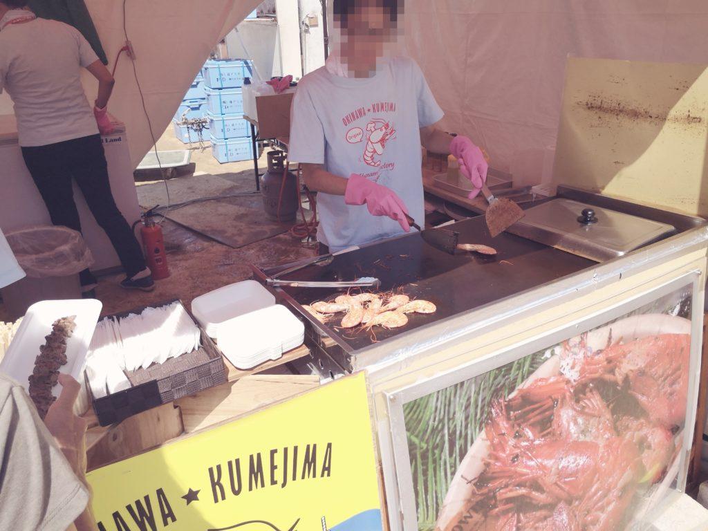 久米島カフェ YUNAMI FACTORYの販売スペース