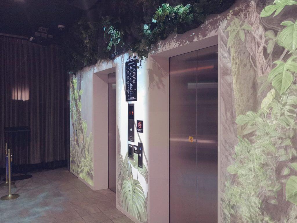 変なホテル博多のエレベーター